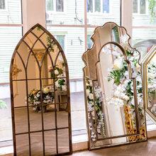 Настенное зеркало Гревен в металлической раме