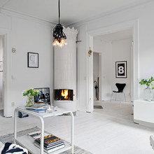 Фотография: Гостиная в стиле Скандинавский, Декор интерьера, Декор дома, Цвет в интерьере, Белый, Эко – фото на InMyRoom.ru