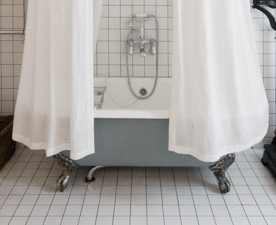 Фотография: Ванная в стиле , Интерьер комнат, Цвет в интерьере, Белый, Проект недели, Ар-деко – фото на InMyRoom.ru