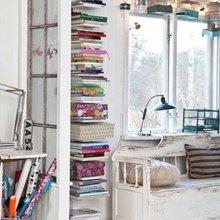 Фотография: Декор в стиле Скандинавский, Декор интерьера, Дом, Интерьер комнат, Библиотека, Книги – фото на InMyRoom.ru