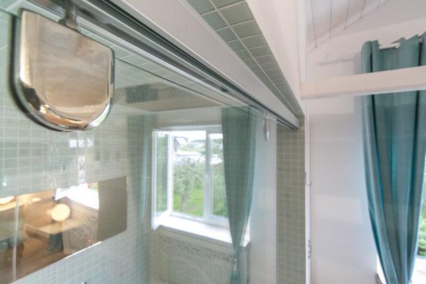 Фотография: Ванная в стиле , Интерьер комнат, Дача, Дачный ответ, Мансарда – фото на InMyRoom.ru