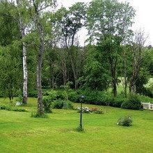 Фотография: Ландшафт в стиле , Дом, Швеция, Цвет в интерьере, Дома и квартиры, Белый – фото на InMyRoom.ru
