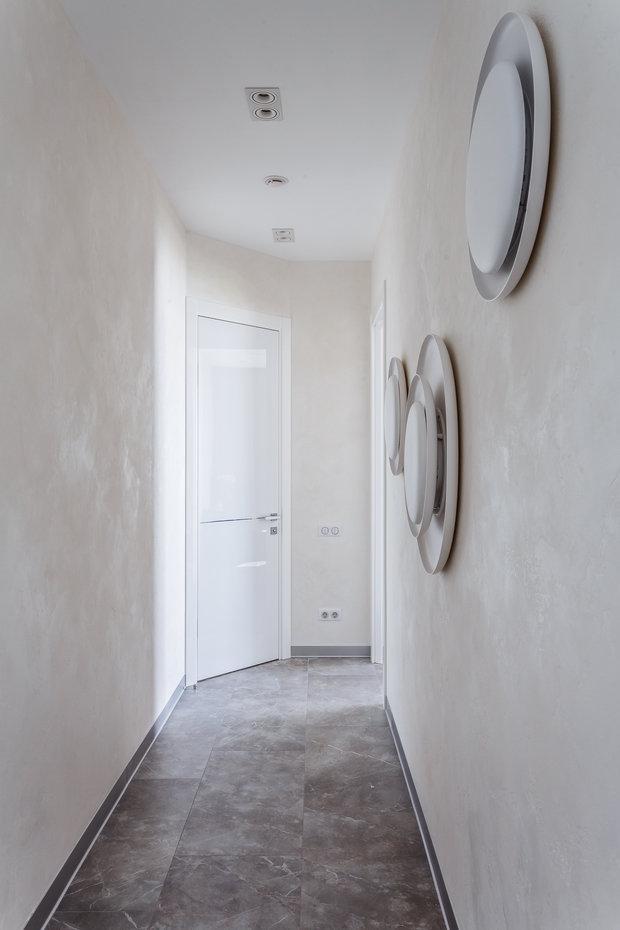 """Фото из портфолио Фото прихожей реализованного проекта квартиры, расположенной в ЖК """"Адмирал"""".  – фотографии дизайна интерьеров на INMYROOM"""