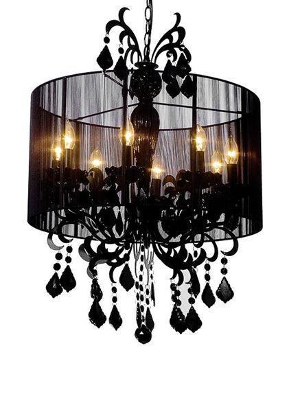 Подвесная люстра Meurice декорирована хрустальными подвесками