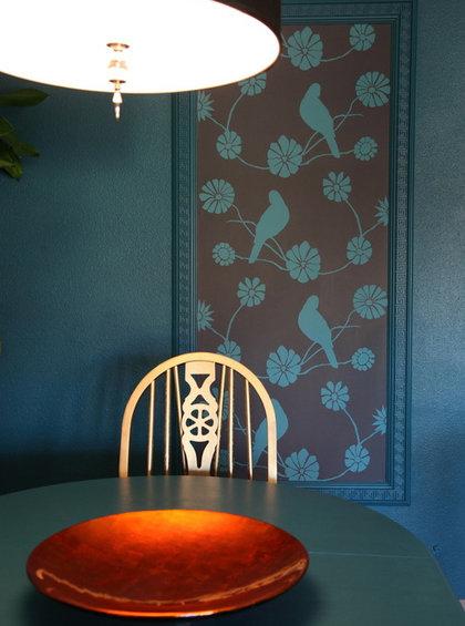 Фотография: Кухня и столовая в стиле Скандинавский, Декор интерьера, Декор дома, Цвет в интерьере, Обои – фото на InMyRoom.ru
