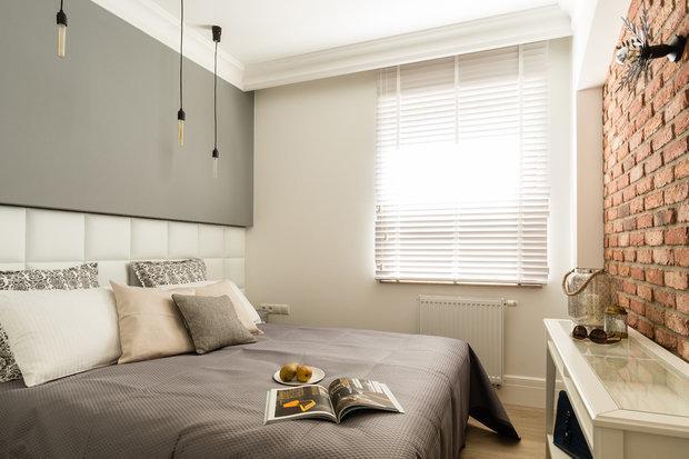 Фотография: Спальня в стиле Современный, Скандинавский, Декор интерьера, Малогабаритная квартира, Квартира, 2 комнаты, 40-60 метров, Дорого и бюджетно, #каксэкономить – фото на InMyRoom.ru