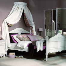 Фотография: Спальня в стиле Классический, Современный, Карта покупок, Франция, Country Corner, Индустрия, Стол, Кровать, Шкаф, Интерьерная Лавка, Стул – фото на InMyRoom.ru