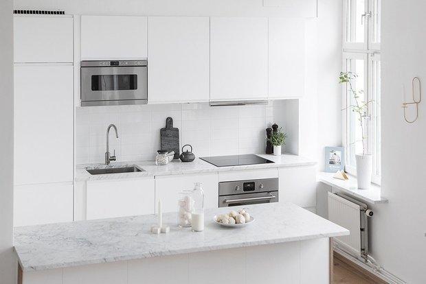 Фотография: Кухня и столовая в стиле Скандинавский, Перепланировка – фото на InMyRoom.ru
