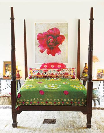 Фотография: Спальня в стиле Восточный, Декор интерьера, Квартира, Дом, Декор дома, Люди, Картины – фото на InMyRoom.ru