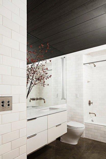 Фотография: Ванная в стиле Скандинавский, Лофт, Декор интерьера, Квартира, Дома и квартиры, Нью-Йорк – фото на InMyRoom.ru