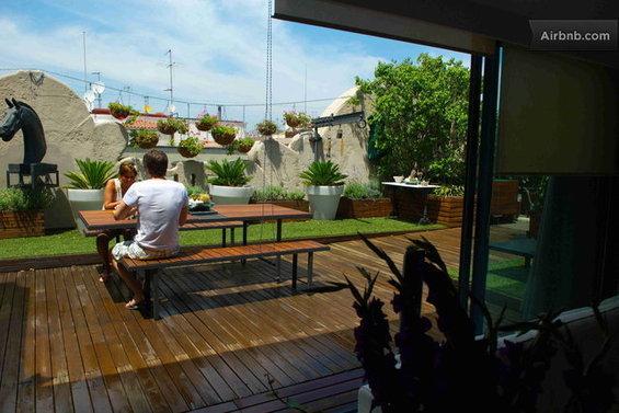 Фотография: Гостиная в стиле Восточный, Квартира, Дома и квартиры, Барселона, Airbnb – фото на InMyRoom.ru