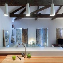 Фотография: Кухня и столовая в стиле Скандинавский, Малогабаритная квартира, Квартира, Цвет в интерьере, Дома и квартиры, Белый, Переделка – фото на InMyRoom.ru