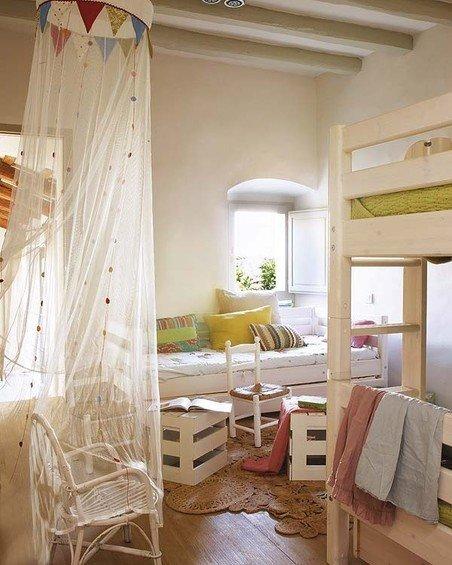 Фотография: Детская в стиле Прованс и Кантри, Дом, Дома и квартиры, Балки – фото на InMyRoom.ru
