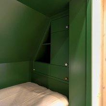 Фотография: Спальня в стиле Современный, Детская, Декор интерьера, Интерьер комнат, Eero Aarnio, Дачный ответ – фото на InMyRoom.ru