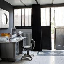 Фото из портфолио Трехцветная гамма из белого, красного и черного – фотографии дизайна интерьеров на InMyRoom.ru