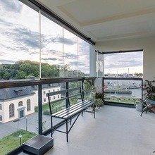 Фотография: Балкон в стиле Минимализм, Классический, Декор интерьера, Дизайн интерьера, Терраса, Цвет в интерьере, Стокгольм – фото на InMyRoom.ru
