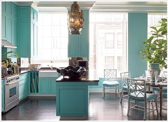 Фотография: Кухня и столовая в стиле Прованс и Кантри, Декор интерьера, Дизайн интерьера, Цвет в интерьере – фото на InMyRoom.ru