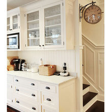 Фотография: Кухня и столовая в стиле Кантри, Декор интерьера, Часы, Декор дома – фото на InMyRoom.ru