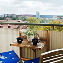 Фотография: Балкон в стиле Скандинавский, Эко, Декор интерьера, Квартира, Декор, Советы, как обустроить балкон, балкон в типовой квартире, идеи оформления балкона – фото на InMyRoom.ru