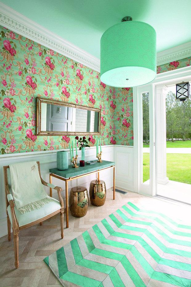 Фотография: Прихожая в стиле Прованс и Кантри, Гостиная, Интерьер комнат, Картины, Зеркало – фото на InMyRoom.ru