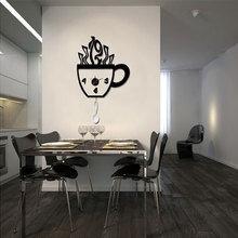Фотография: Кухня и столовая в стиле Современный, Декор интерьера, Часы, Декор дома – фото на InMyRoom.ru