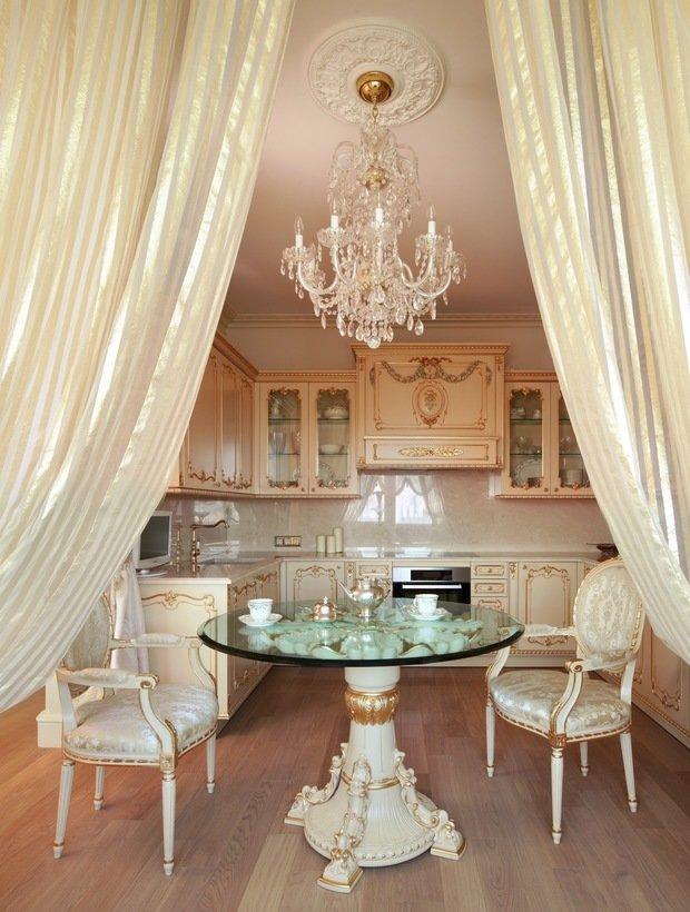 Фотография: Кухня и столовая в стиле Классический, Интерьер комнат – фото на InMyRoom.ru