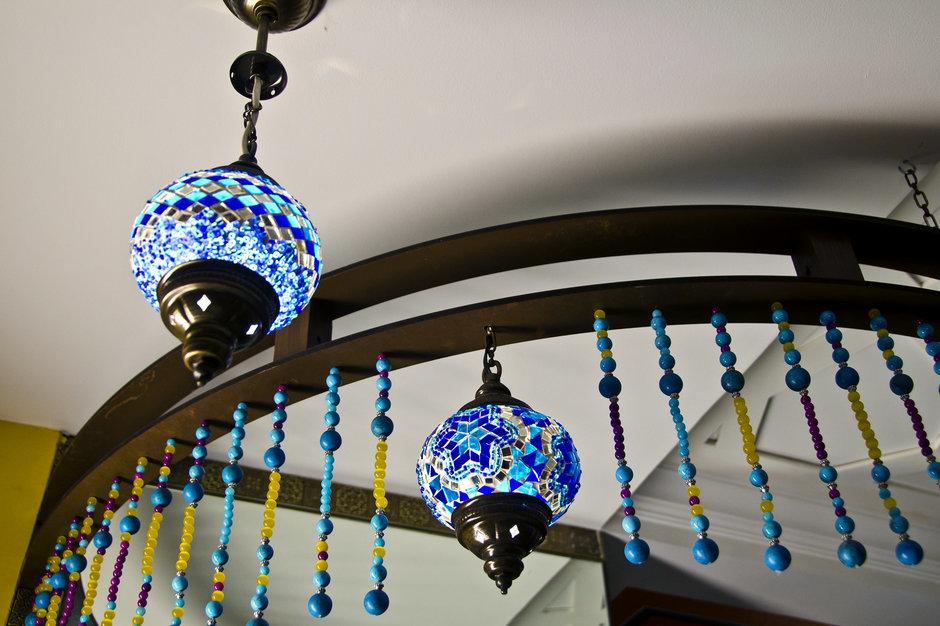 Фотография: Мебель и свет в стиле Восточный, Кухня и столовая, Интерьер комнат, Проект недели, Марокканский – фото на InMyRoom.ru