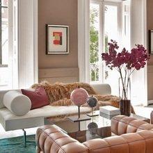 Фотография: Гостиная в стиле Современный, Эклектика, Декор интерьера, Квартира, Дизайн интерьера, Цвет в интерьере – фото на InMyRoom.ru