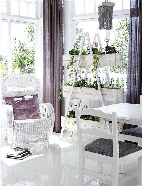 Фотография: Мебель и свет в стиле Прованс и Кантри, Декор интерьера, Дом, Хранение, Декор, Декор дома – фото на InMyRoom.ru