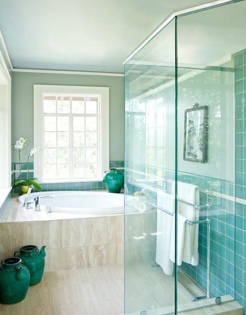 Фотография: Ванная в стиле Современный, Эклектика, Декор интерьера, Дизайн интерьера, Декор, Зеленый, Ванна, Эко – фото на InMyRoom.ru