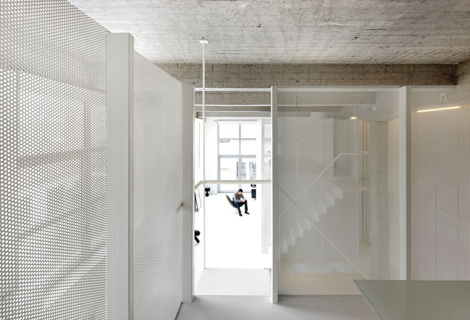 Фотография:  в стиле Современный, Квартира, Цвет в интерьере, Дома и квартиры, Белый, Проект недели – фото на InMyRoom.ru