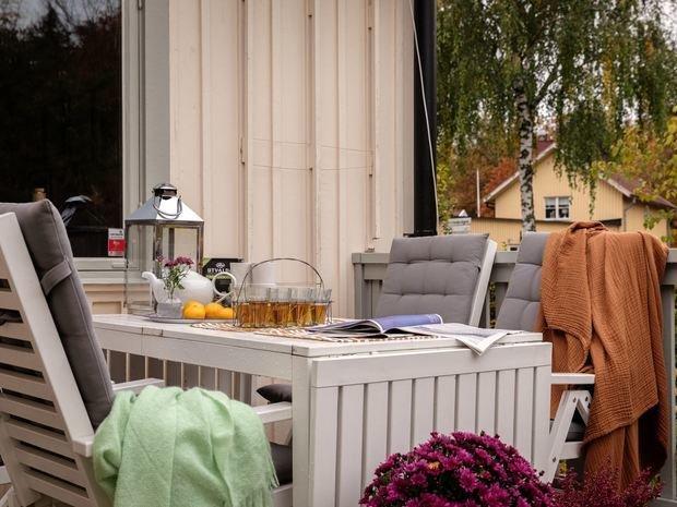 Фотография: Терраса в стиле Скандинавский, Минимализм, Дом и дача, 4 и больше, Более 90 метров – фото на INMYROOM