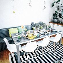 Фотография: Кухня и столовая в стиле Скандинавский, Эклектика, Декор интерьера, Квартира, Декор, Мебель и свет, Проект недели, советское ретро в интерьере, эклектика в интерьере, скандинавские мотивы в интерьере, студия в скандинавском стиле, как оформить студию – фото на InMyRoom.ru