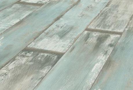 Помогите подобрать цвет стен под ламинат