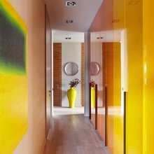 Фотография: Прихожая в стиле Современный, Квартира, Цвет в интерьере, Дома и квартиры – фото на InMyRoom.ru