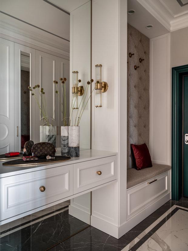Фотография: Прихожая в стиле Классический, Современный, Квартира, Проект недели, Одинцово, Мария Рублева, 3 комнаты, Более 90 метров, #эксклюзивныепроекты – фото на INMYROOM