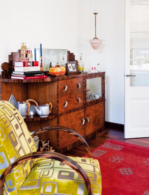 Фотография: Мебель и свет в стиле Прованс и Кантри, Дома и квартиры, Интерьеры звезд, Ретро – фото на InMyRoom.ru