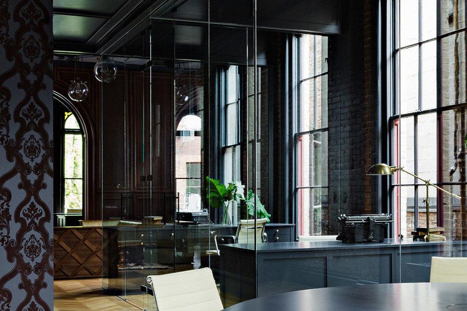 Фотография:  в стиле Современный, Офисное пространство, Офис, Дома и квартиры, Проект недели, Готический – фото на InMyRoom.ru
