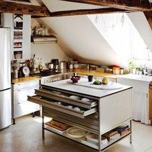 Фотография: Кухня и столовая в стиле Современный, Интерьер комнат, Кухонный остров – фото на InMyRoom.ru