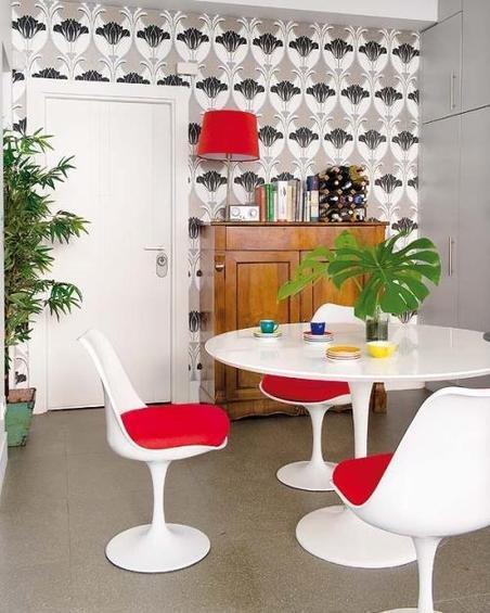 Фотография: Кухня и столовая в стиле Эклектика, Декор интерьера, Дом, Антиквариат, Дома и квартиры, Стена, Мадрид – фото на InMyRoom.ru