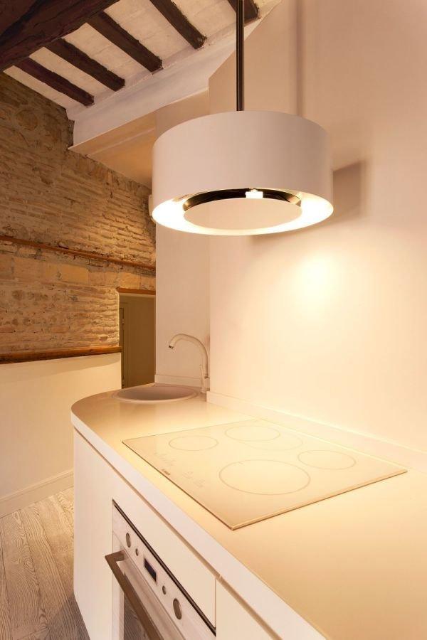 Фотография: Кухня и столовая в стиле Лофт, Малогабаритная квартира, Квартира, Дома и квартиры – фото на InMyRoom.ru