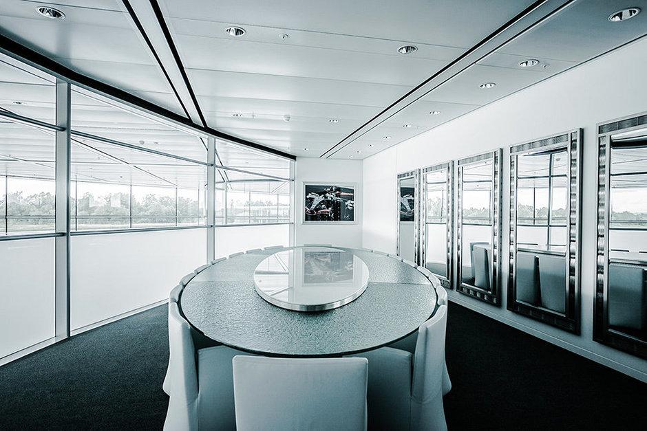 Фотография: Офис в стиле Современный, Хай-тек, Декор интерьера, Офисное пространство, Дома и квартиры, Минимализм, Проект недели – фото на InMyRoom.ru