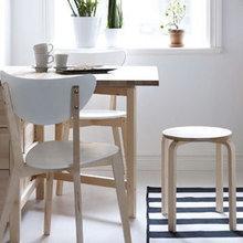 Фотография: Кухня и столовая в стиле Скандинавский, Малогабаритная квартира, Интерьер комнат, Стол – фото на InMyRoom.ru