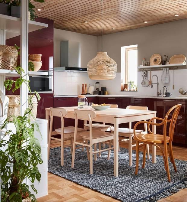 Фотография: Кухня и столовая в стиле Эко, Гид, ИКЕА 2021, новый каталог ИКЕА, каталог ИКЕА 2021, кухни ИКЕА – фото на INMYROOM