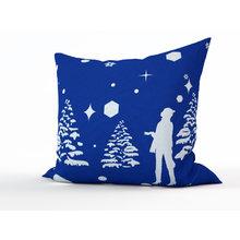 Дизайнерская подушка: Лови снежинки