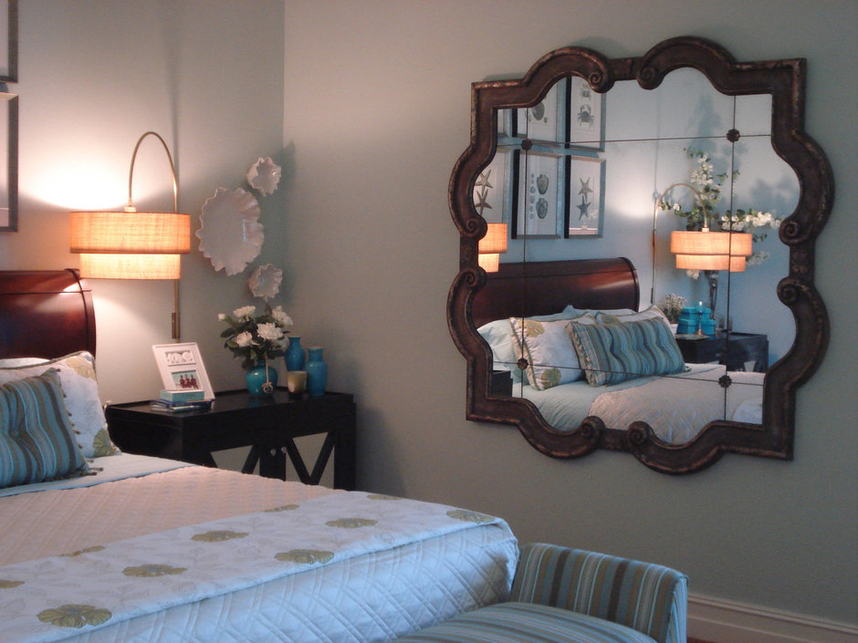 Фотография: Спальня в стиле Классический, Современный, Декор интерьера, Малогабаритная квартира, Квартира, Цвет в интерьере, Стиль жизни, Советы – фото на InMyRoom.ru