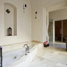 Фотография: Ванная в стиле Современный, Восточный, Дома и квартиры, Городские места, Отель, Бассейн – фото на InMyRoom.ru