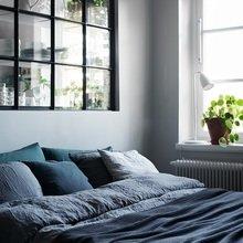 Фото из портфолио Межкомнатное окно между спальней и кухней – фотографии дизайна интерьеров на InMyRoom.ru