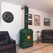 Фотография: Гостиная в стиле , Декор интерьера, Дом, Декор дома, Камин – фото на InMyRoom.ru
