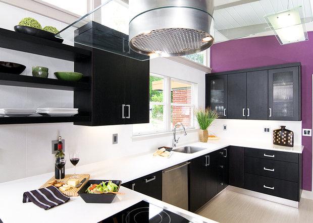 Фотография: Кухня и столовая в стиле Лофт, Современный, Декор интерьера, Дизайн интерьера, Цвет в интерьере, Черный, Пол – фото на InMyRoom.ru
